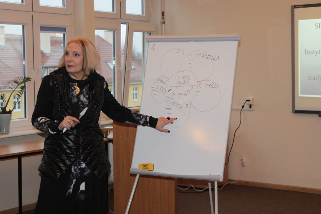 prof. Gruszewska